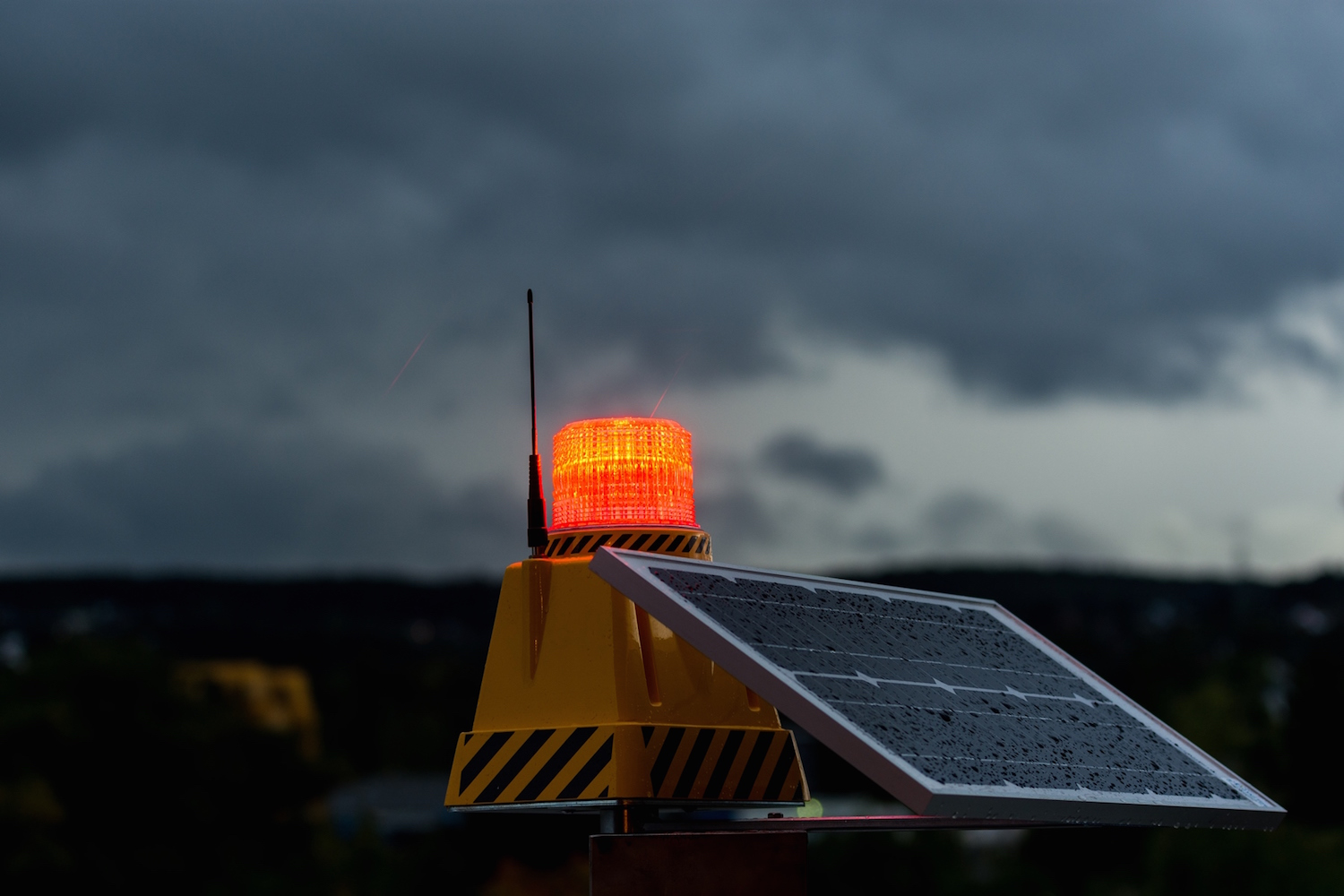 Solar And Portable Airfield Lighting Solutions 4ga