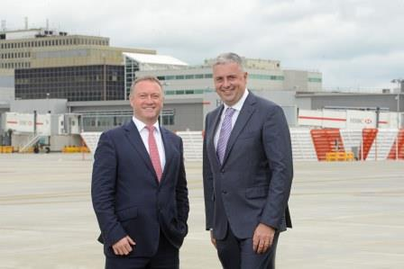 Gatwick marked its busiest-ever May today by launching its new Pier 1 facility – one of largest projects the airport has ever undertaken (£186million) – which houses an entirely new baggage system for the South Terminal and state-of-the-art passenger gate rooms with views across the runway. Pictured: Croydon MP, Steve Reed, and Stewart Wingate, Gatwick CEO outside Pier 1.
