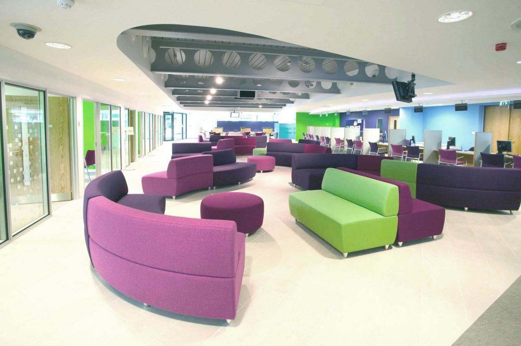 Buzz modular seating
