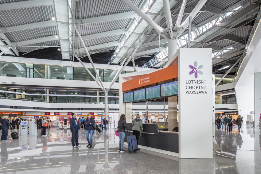 The number of Chopin Airport passengers increased by a 3rd in November