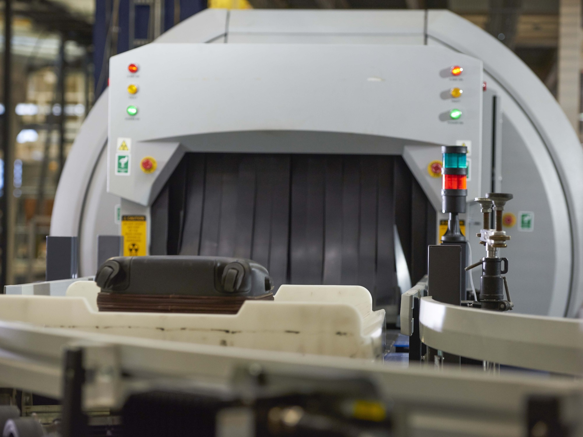 Beumer groups crisbag totes are first to be approved by the tsa beumer group a leading global supplier of automated baggage handling systems is the first vendor to be certified as meeting tsa requirements for in tote xflitez Images