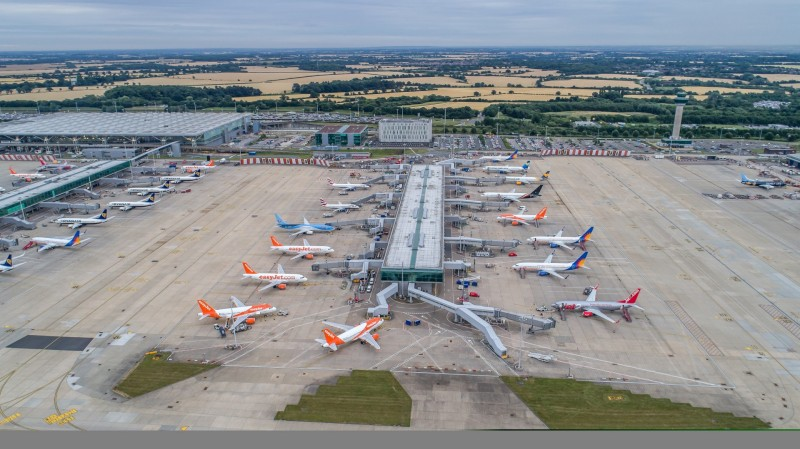 New aircraft stands enable the first step in capacity growth at
