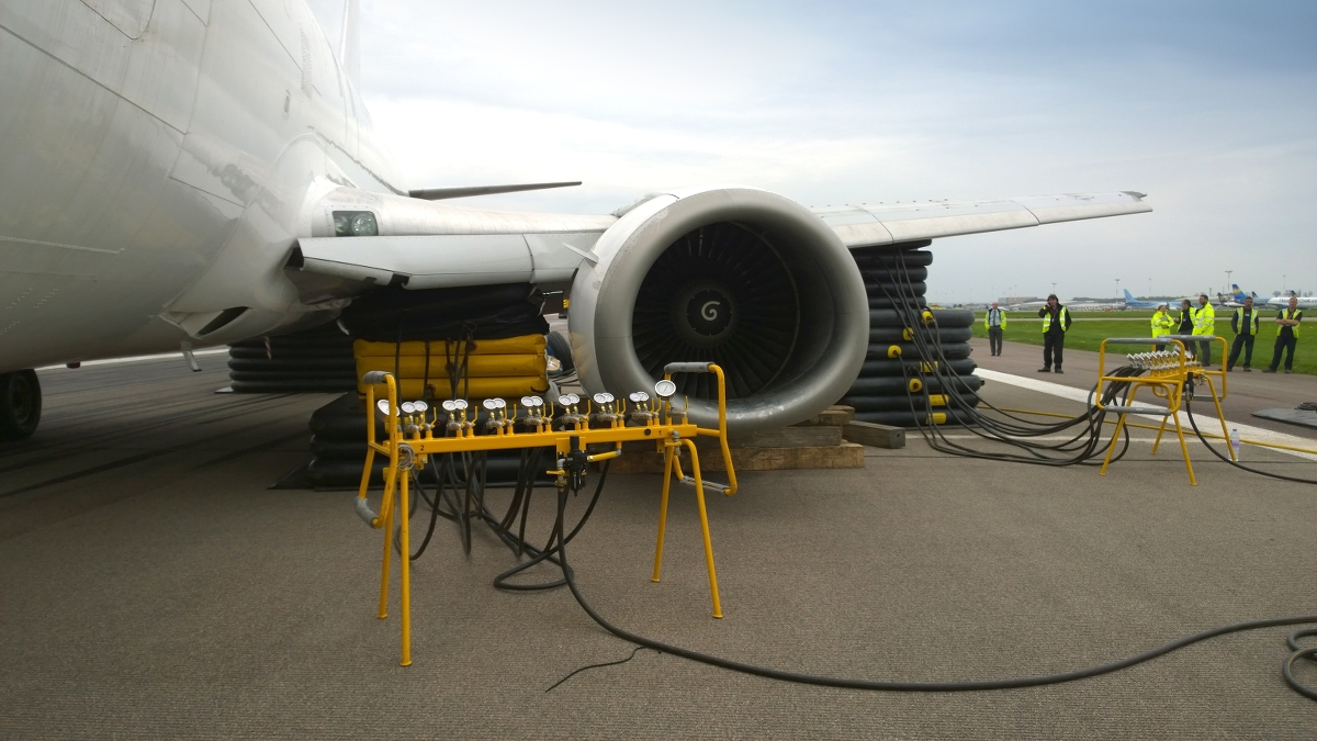 Aircraft Recovery Equipment