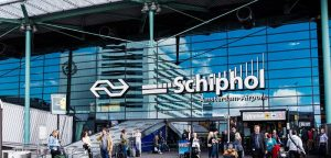 Extra capacity for contactless baggage drop at Schiphol Airport