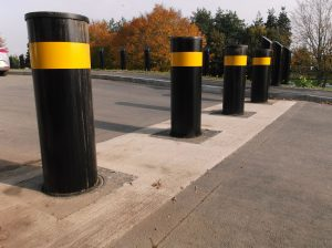 PAS 68 Hydraulic Bollards – HVM Crash tested