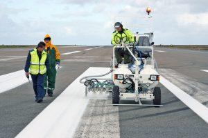 Hofmann H18 - Runway Line Marking Machine - Iceland