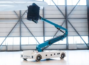 Fully automatic aircraft washing robot