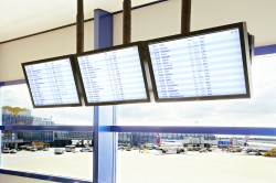 Airport Digital Signage Displays / LCD or LED Video Wall / FIDS